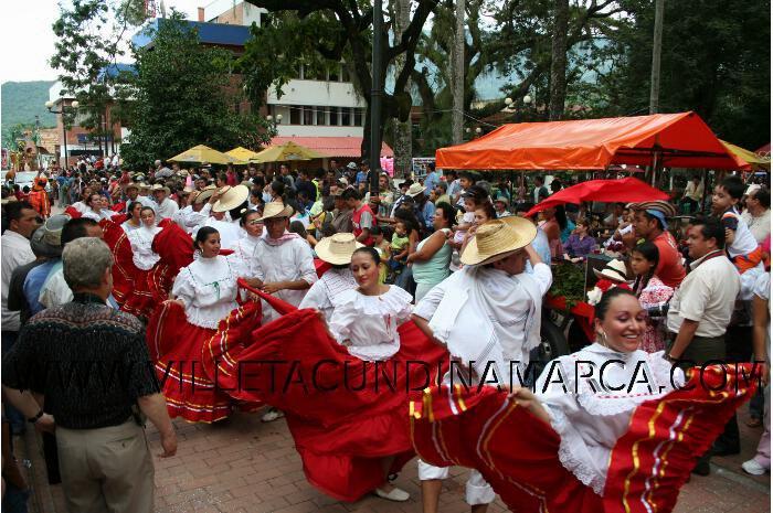 comparsas festival de bandas de Villeta Cundinamarca
