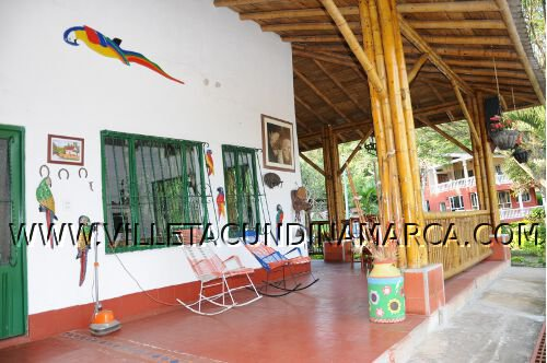 Hotel Los Almendros en Villeta Cundinamarca Colombia